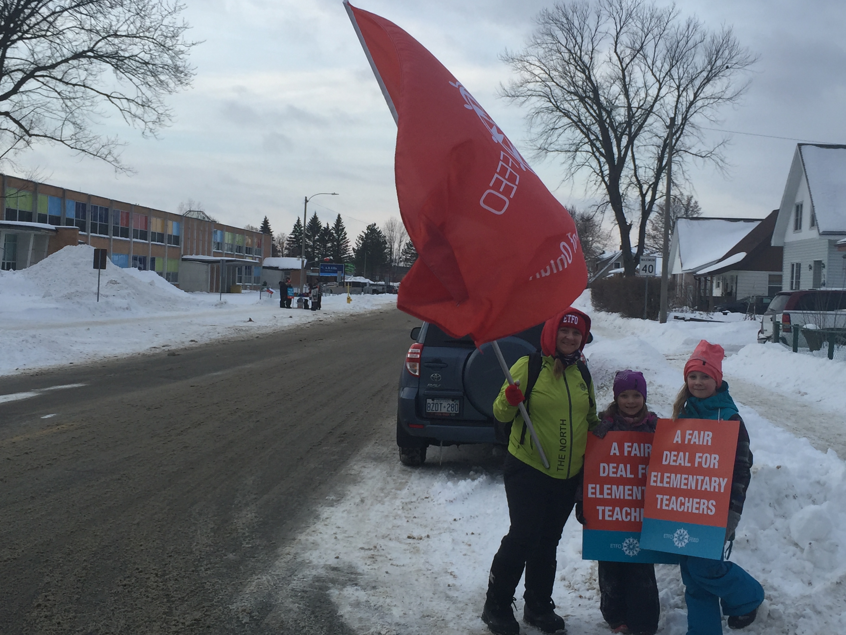Public elementary teachers in Clarington on strike Tuesday